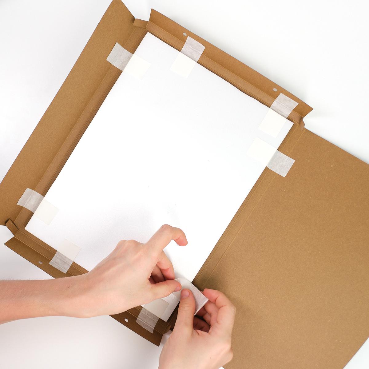 Делаем раму из упаковки набора